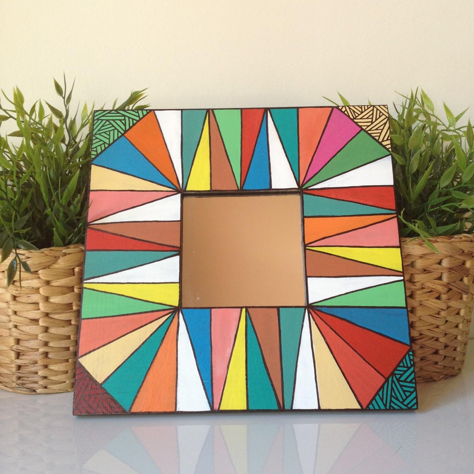 hoy os enseamos un adelanto de la nueva coleccin de espejos para la casa en la que estamos trabajando como podeis ver son espejos pintados