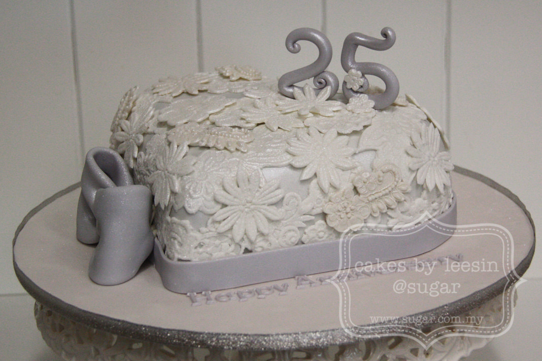 Cake Images For 25 Anniversary : Penang Wedding Cakes by Leesin: 25th Wedding Anniversary Cake