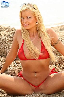 Bikini-Dare_Chanel_03_4