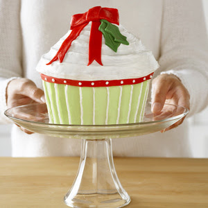 Christmas giant cupcake decoration design image at baking and ready to serve