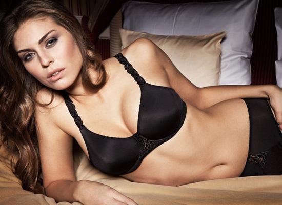 Sariana+lingerie-2011-04