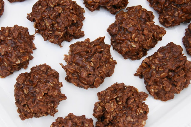 The Kitchen is My Playground: Nutella No-Bake Cookies