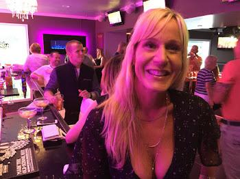 Kari Plumpton Among Luminaries at Club 9