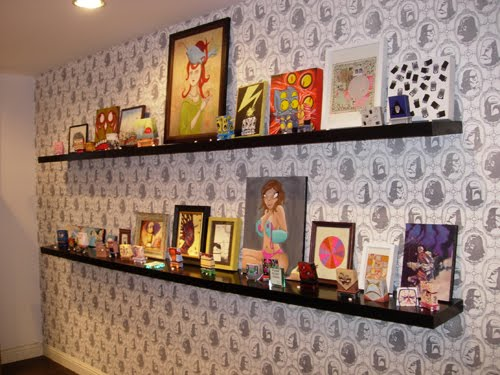 flocked wall covering
