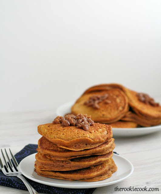 Pumpkin Cinnamon Streusel Pancakes ~ The Rookie Cook