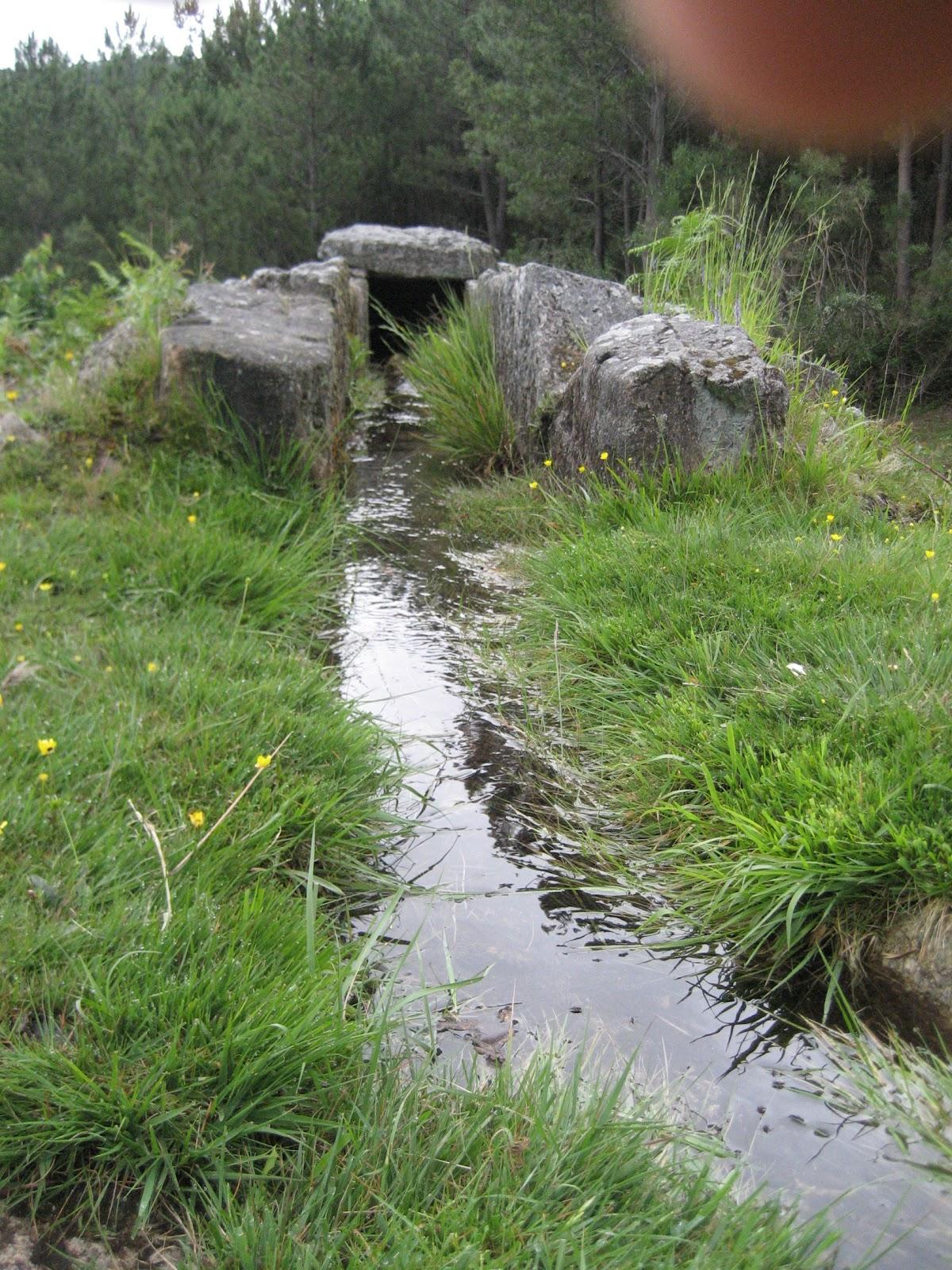 Canalización de Agua en molino de O Folón y Picón