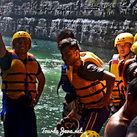 open trip body rafting green canyon