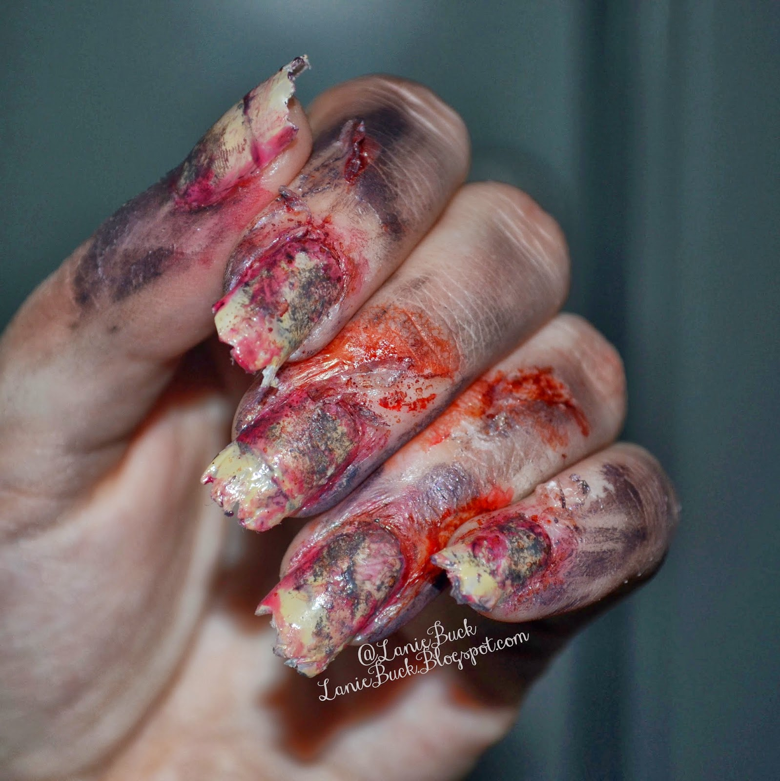 Diy beauty back from the grave halloween nails solutioingenieria Gallery