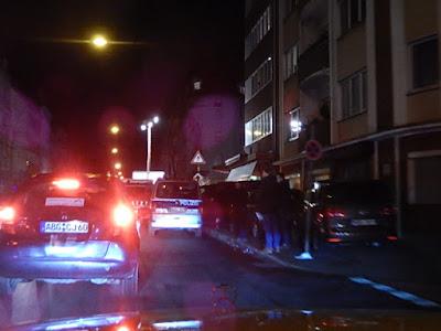 http://www.rp-online.de/nrw/staedte/duesseldorf/duesseldorf-300-polizisten-starten-grossrazzia-gegen-nordafrikaner-banden-aid-1.5696721