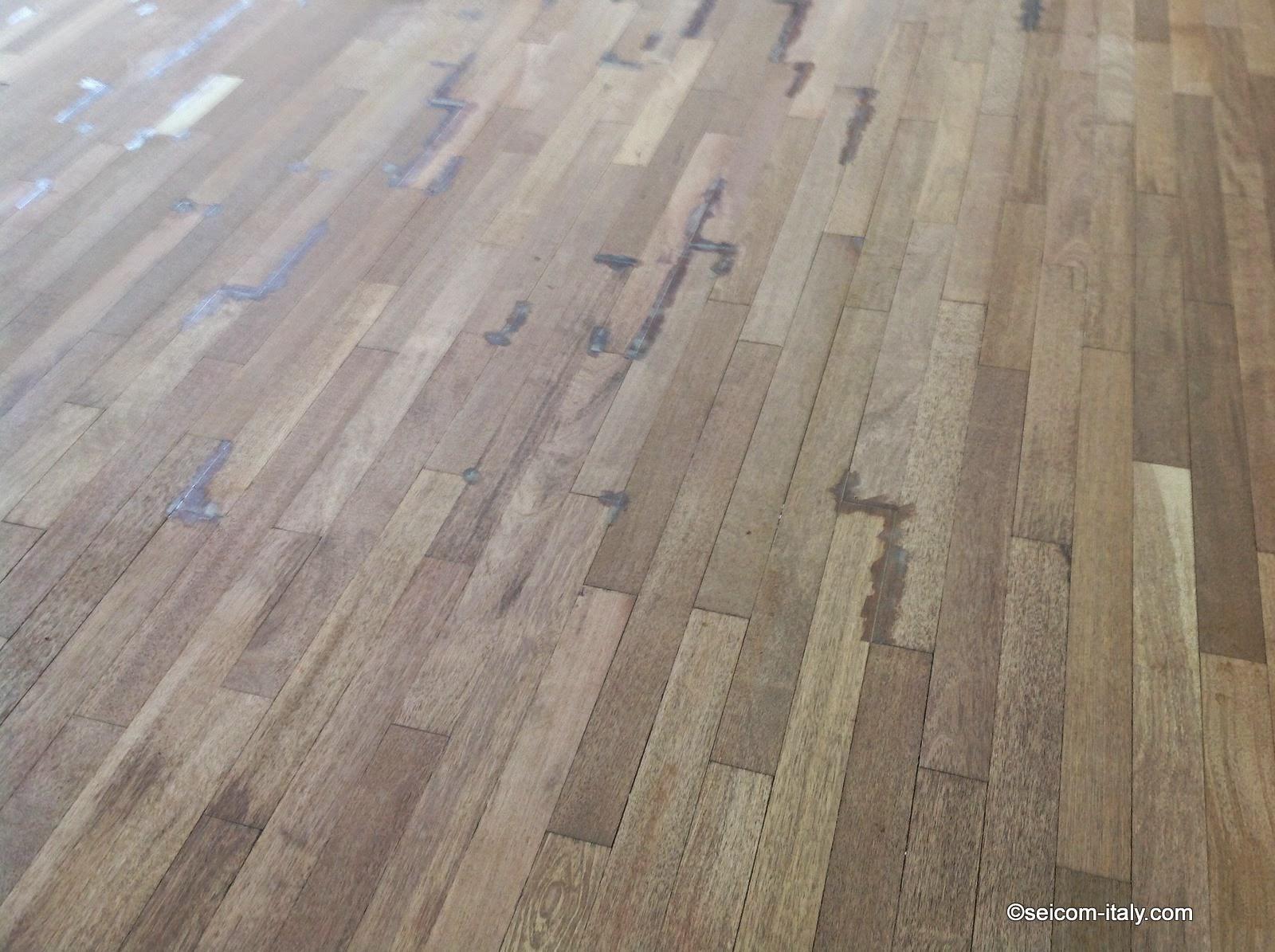 Seicom parquet per palestre e pavimentazione per palestre for Levigatura parquet
