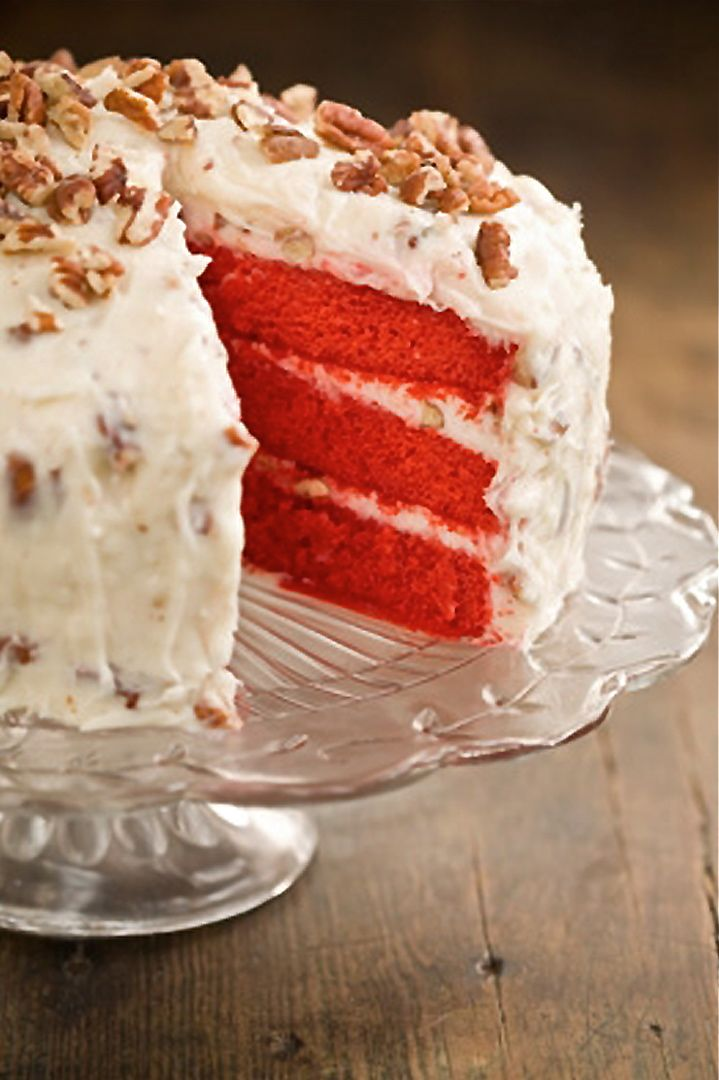 Scrumpdillyicious: Red Velvet Cake with Cream Cheese Frosting