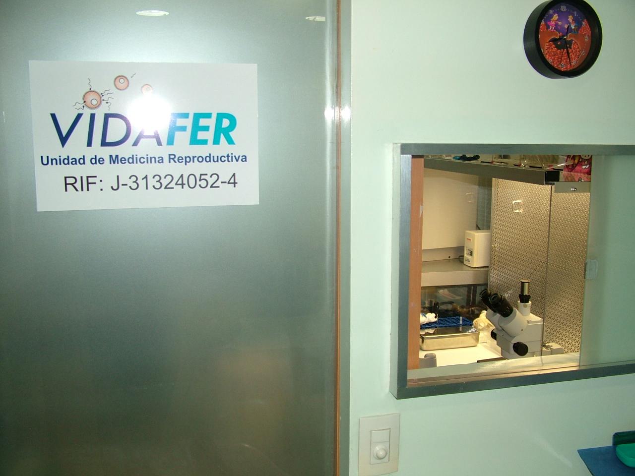 Vidafer ventana sala aspiración/laboratorio