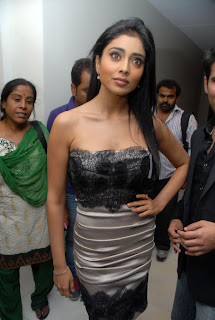 Shriya Saran Spicy Beauty spotted in a tight Sleeveless Dress Spicy Shriya