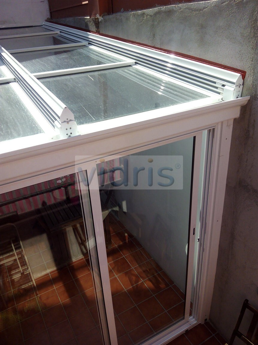 Cortinas de cristal y techos m viles en catalu a techo - Moviles de techo ...