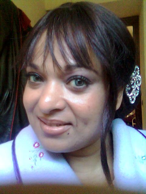 الفنانة بشرى أهريش تنفصل عن زوجها بعد سنتين من الزواج