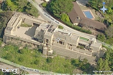 Twilight language flw 39 s ennis house and hollywood movies for Frank lloyd wright houses in california