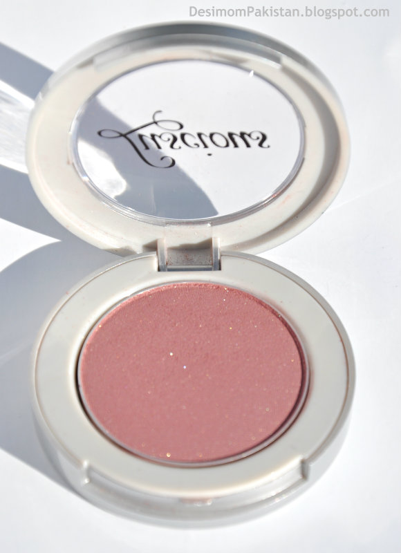 LUSCIOUS POWDER BLUSH In SPARKLE open