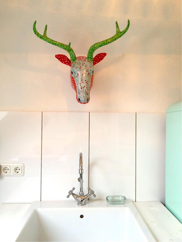 Mazzetina decoracion cabeza de ciervo for Trofeos caza decoracion