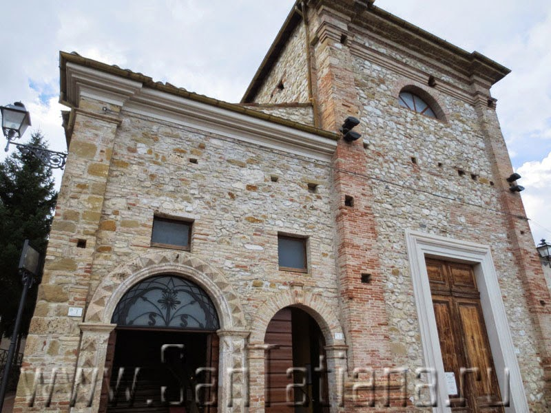 Walking About Charming Mediaeval Places of the Teramo Province ...