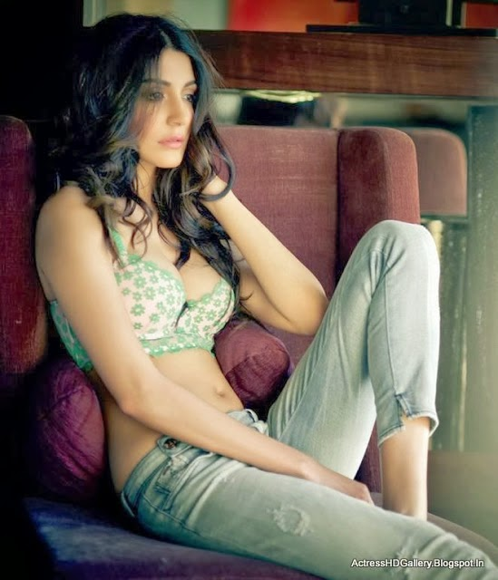 Anushka Sharma hot unseen latest hd wallpapers Collection