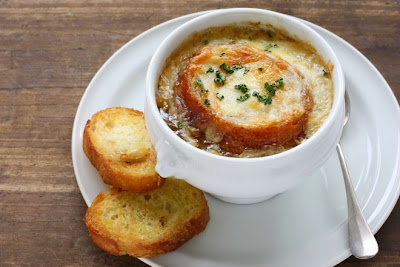 Recipe for French onion soup and cheese gratin Recipe in english