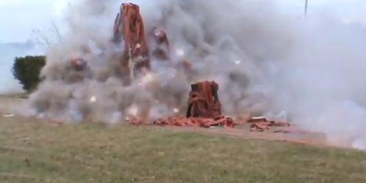 Explosion de 320 000 pétards