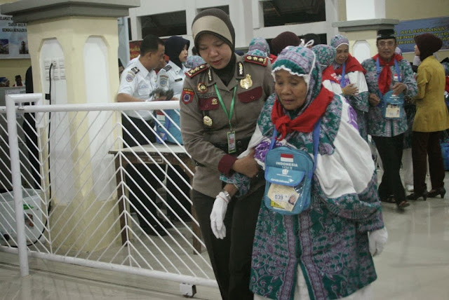 Travel Haji di Makassar Batalkan Keberangkatkan Puluhan Calhaj