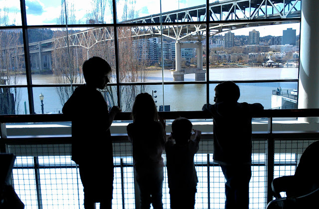 kids and cousins in silhouette