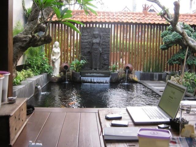 cara membuat dan menyiasati ruang sempit untuk kolam ikan