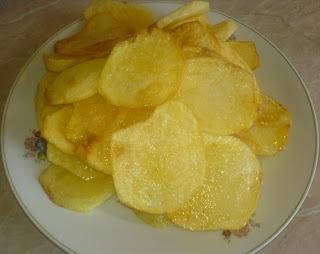 cartofi prajiti, cartofi rondele, cartofi rondele prajiti, cartofi, retete cu cartofi, cartofi pentru mancare, cartofi pentru musaca, retete culinare, preparate culinare, retete culinare cu cartofi,