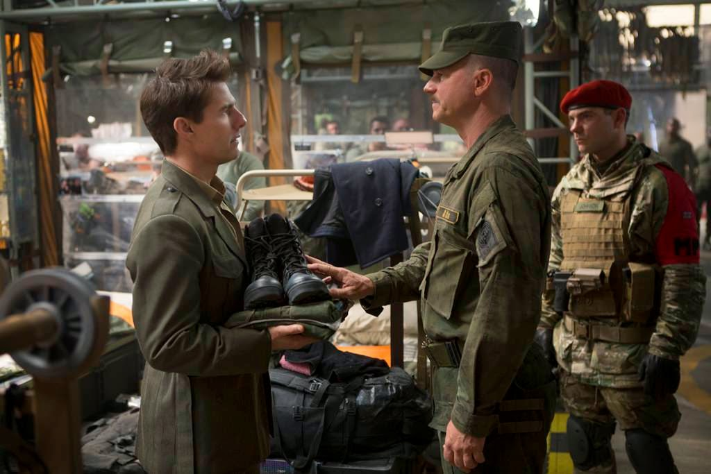 edge of tomorrow tom cruise bill paxton