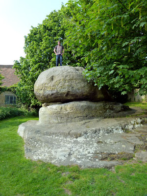 Chiddingstone, Chiding Stone, Kent villages, bit about Britain