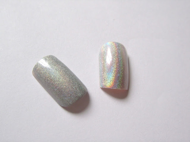holographic_nails_nail_art_beauty_blog