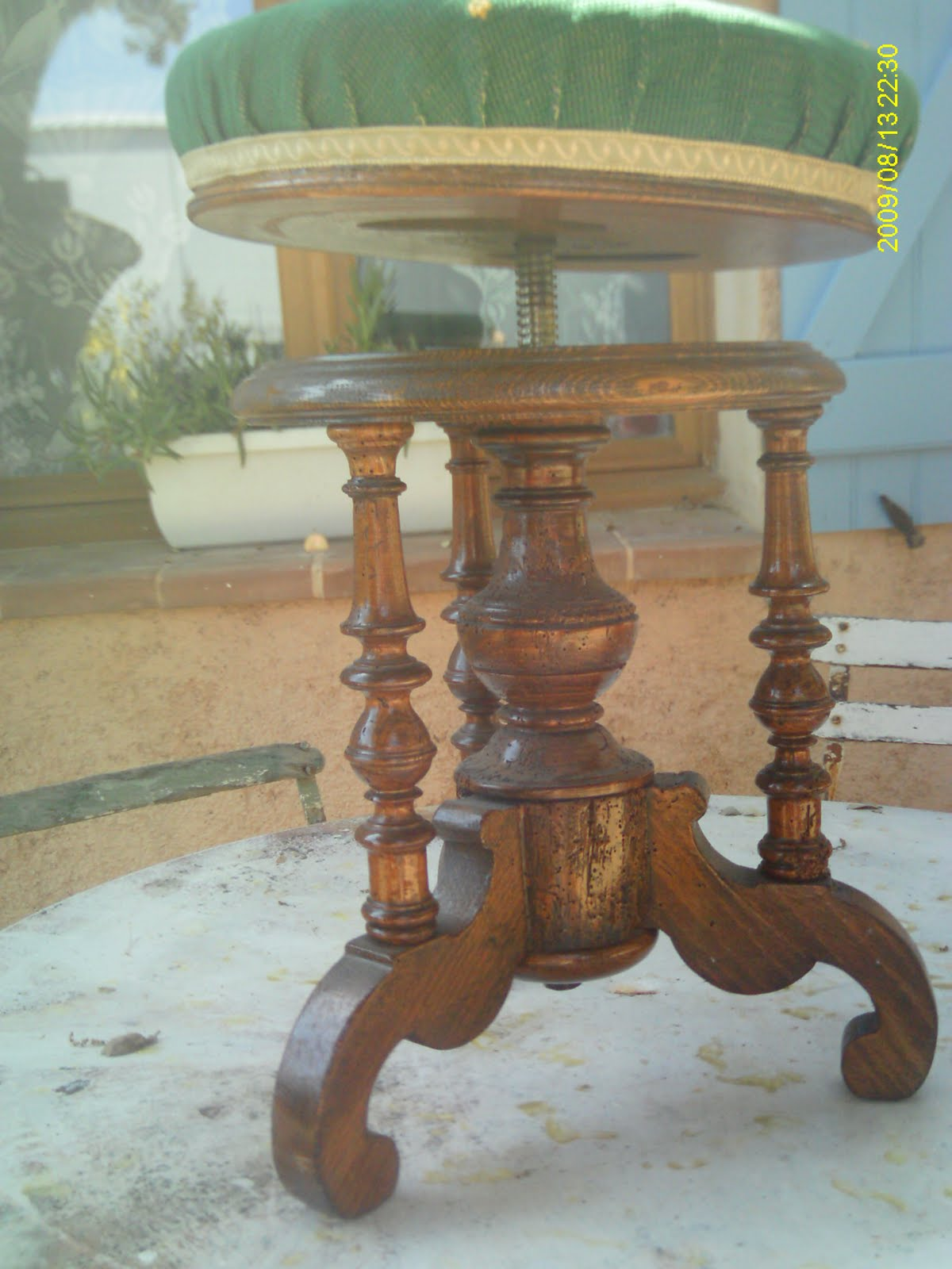 ancien tabouret de piano bois napol on iii empire restauration. Black Bedroom Furniture Sets. Home Design Ideas