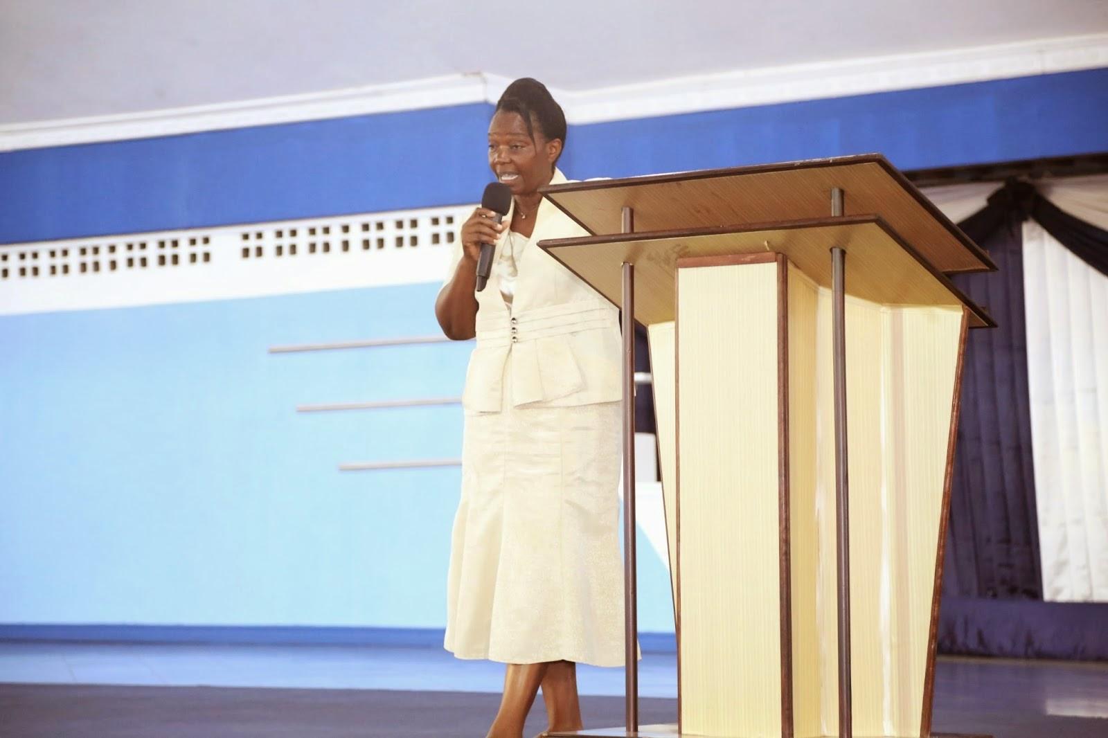 EFATHA MWENGE: JAMBO LOLOTE ULILOAZIMIA KATIMA MTEMBEO WA MUNGU MWAKA HUU LIKATIMIE KWAKO