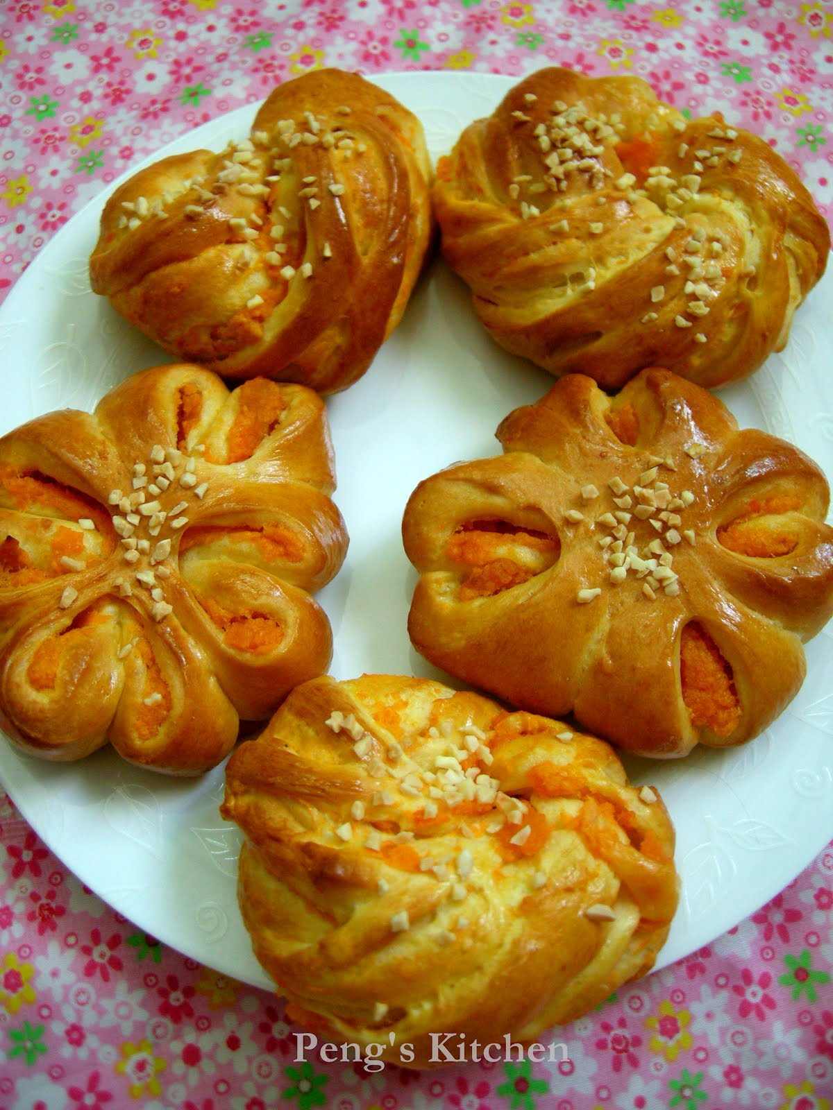 Peng's Kitchen: Sweet Potato Buns