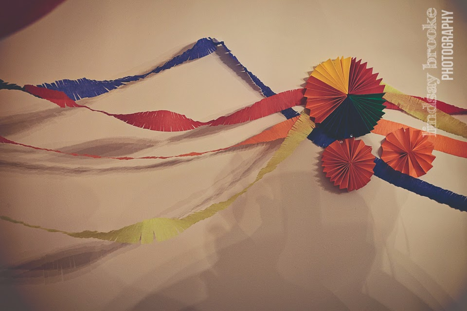 fiesta streamers and fans
