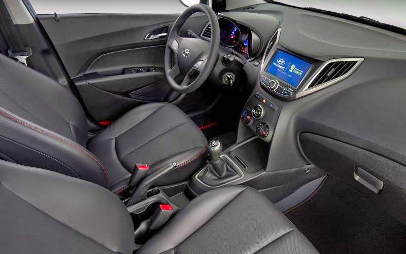 Novo Hyundai Hb20 2014 acabamento interno
