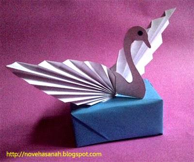 cara membuat angsa dari kertas bekas, sebuah kerajinan tangan untuk anak sd langkah 13