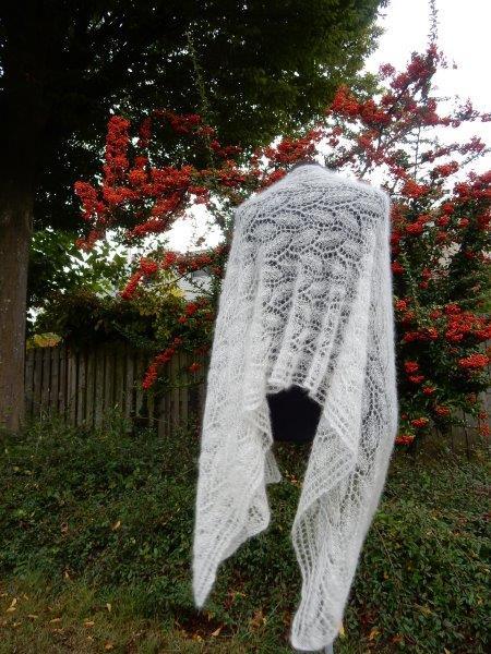 TE KOOP: grote Bruidssjaal