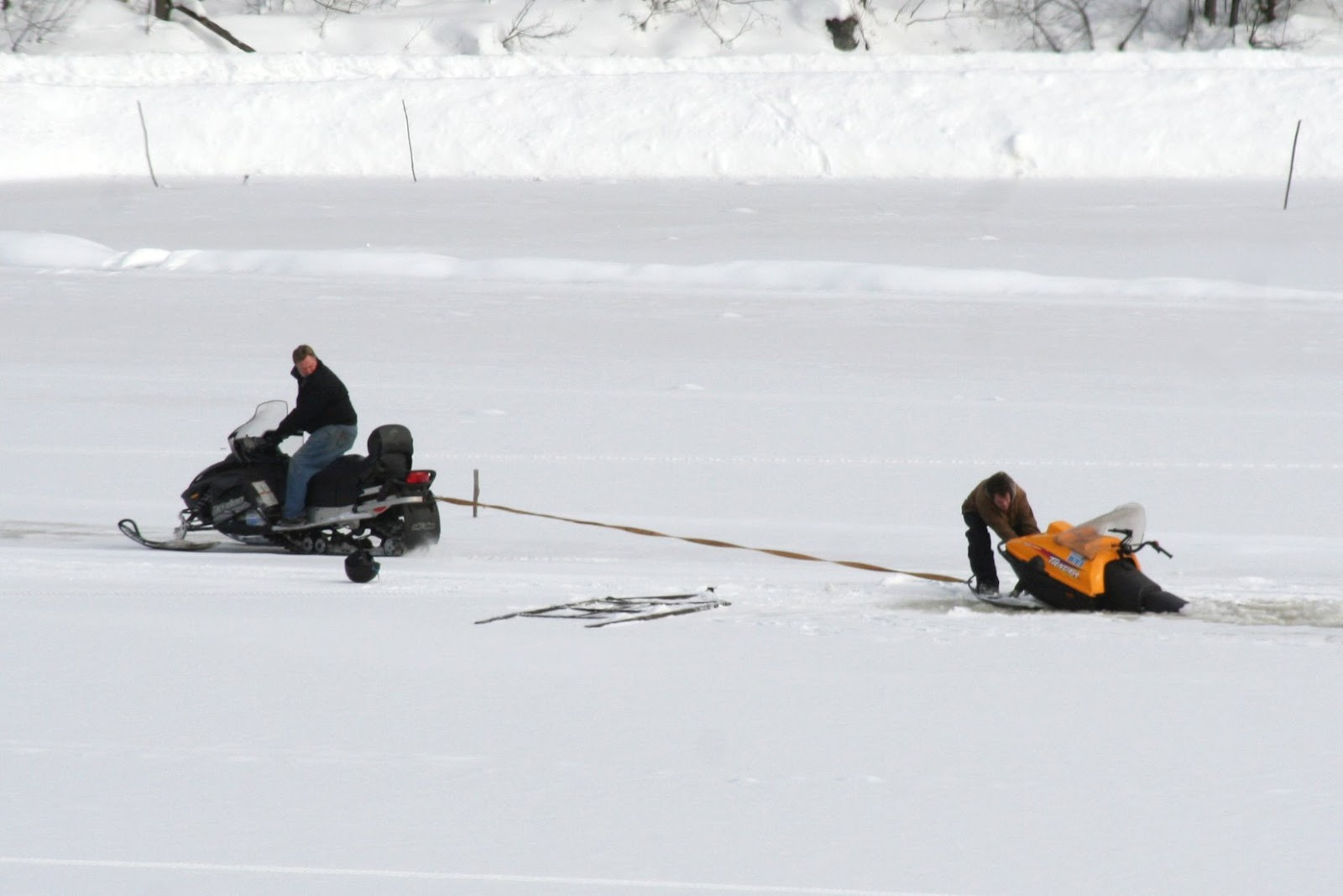 snowmobile research paper As the cold comes in, snowbound communities are tuning up their vehicles and  recreationists are making speedy winter plans.