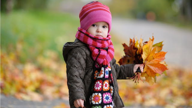 Cute  Baby HD wallpaer