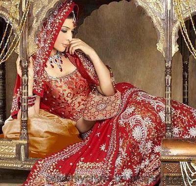 Beautiful+BANGLADESHI+BRIDE+WITH+GORGEOUS+MAKE UP+Photos+Collection009