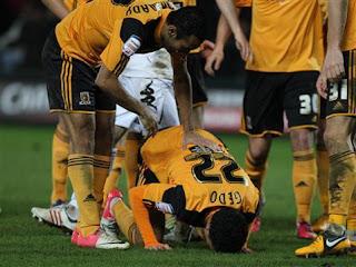 مشاهدة جميع اهداف محمد ناجي جدو, مع فريق هال سيتي الدوري الانجليزي
