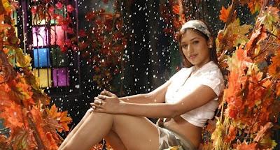 preeti bhandari sensuous glamour  images