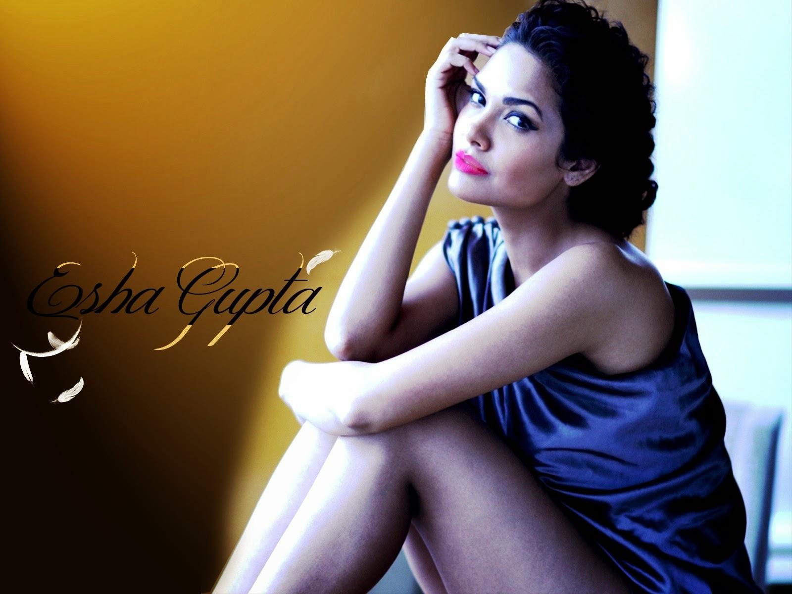 humshakals movie hot actress esha gupta sexy photos
