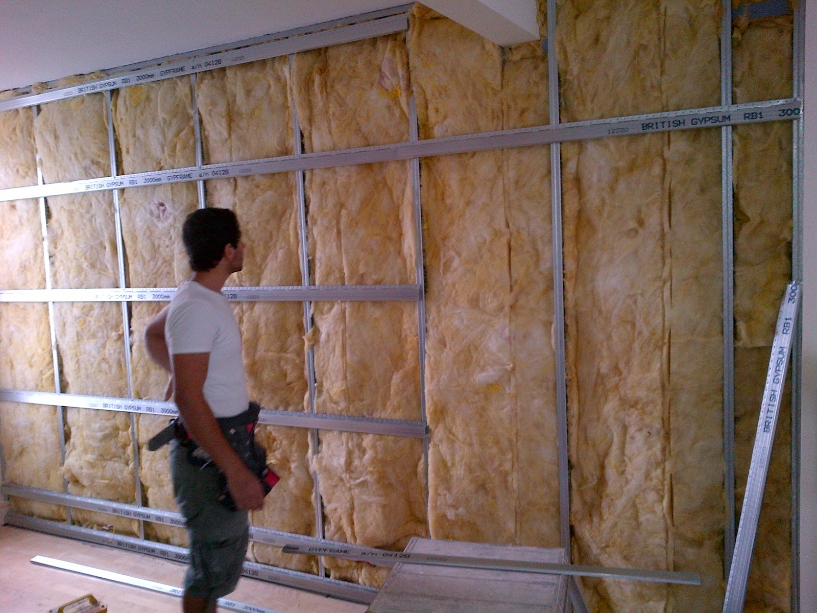 Soundproofing Existing Walls : Bebuilt soundproofing party wall job in hove