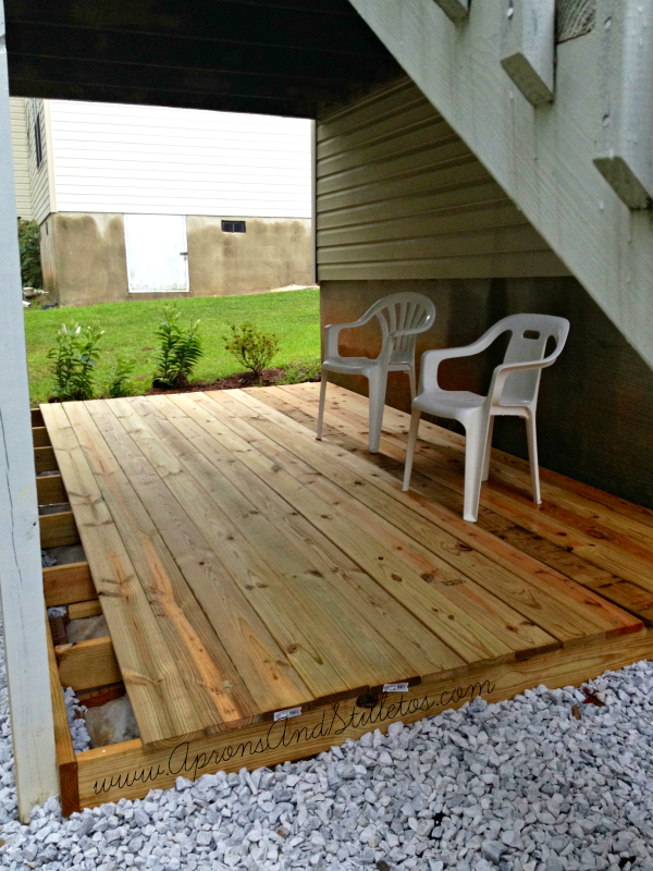Diy ground level deck update aprons and stilletos for Diy small deck