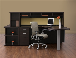 Custom Office Desk with Modern Style