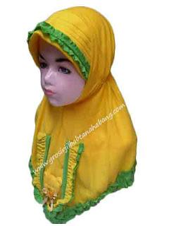 jilbab anak karakter beruang